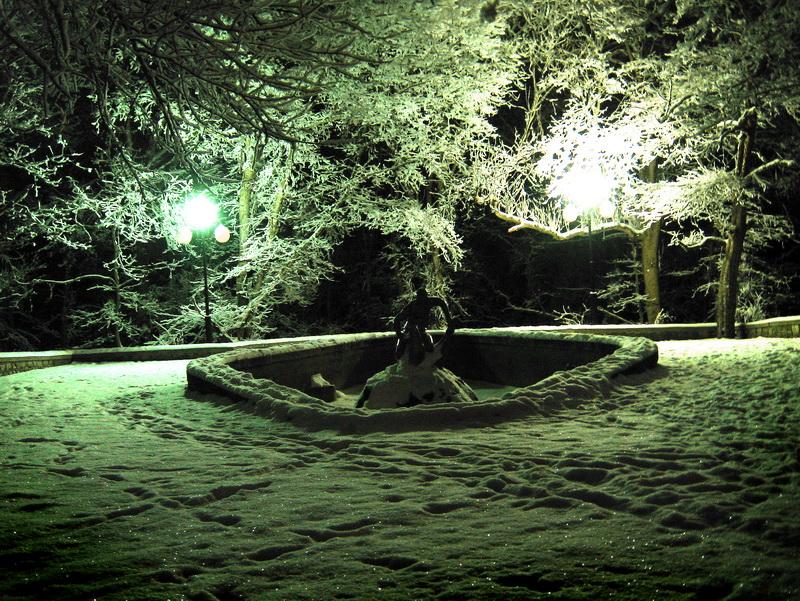 Зима фонтан