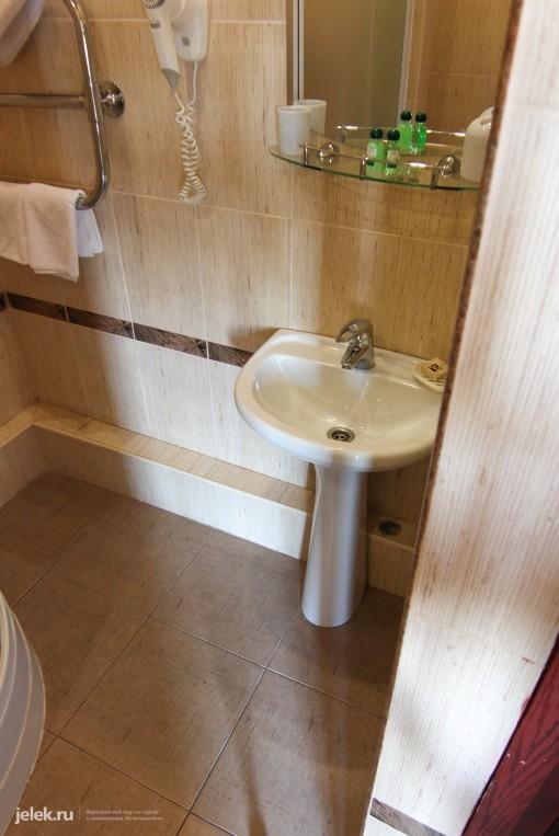 Фотография ванной одноместного номера