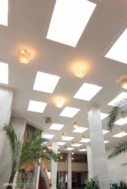 Замечательный холл санатория Горный воздух