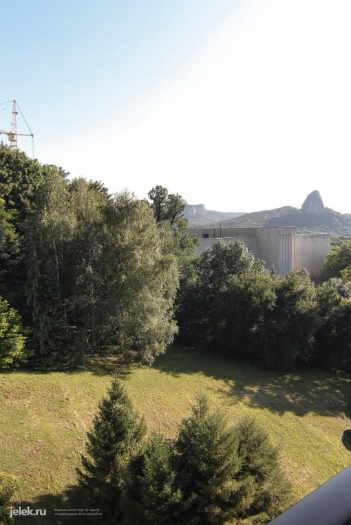 Вид с балкона одноместного номера