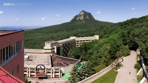 Вид с крыши санатория